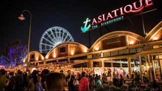 Chợ đêm Asiatiuqe - một điểm kinh doanh đêm nổi bật của Bangkok